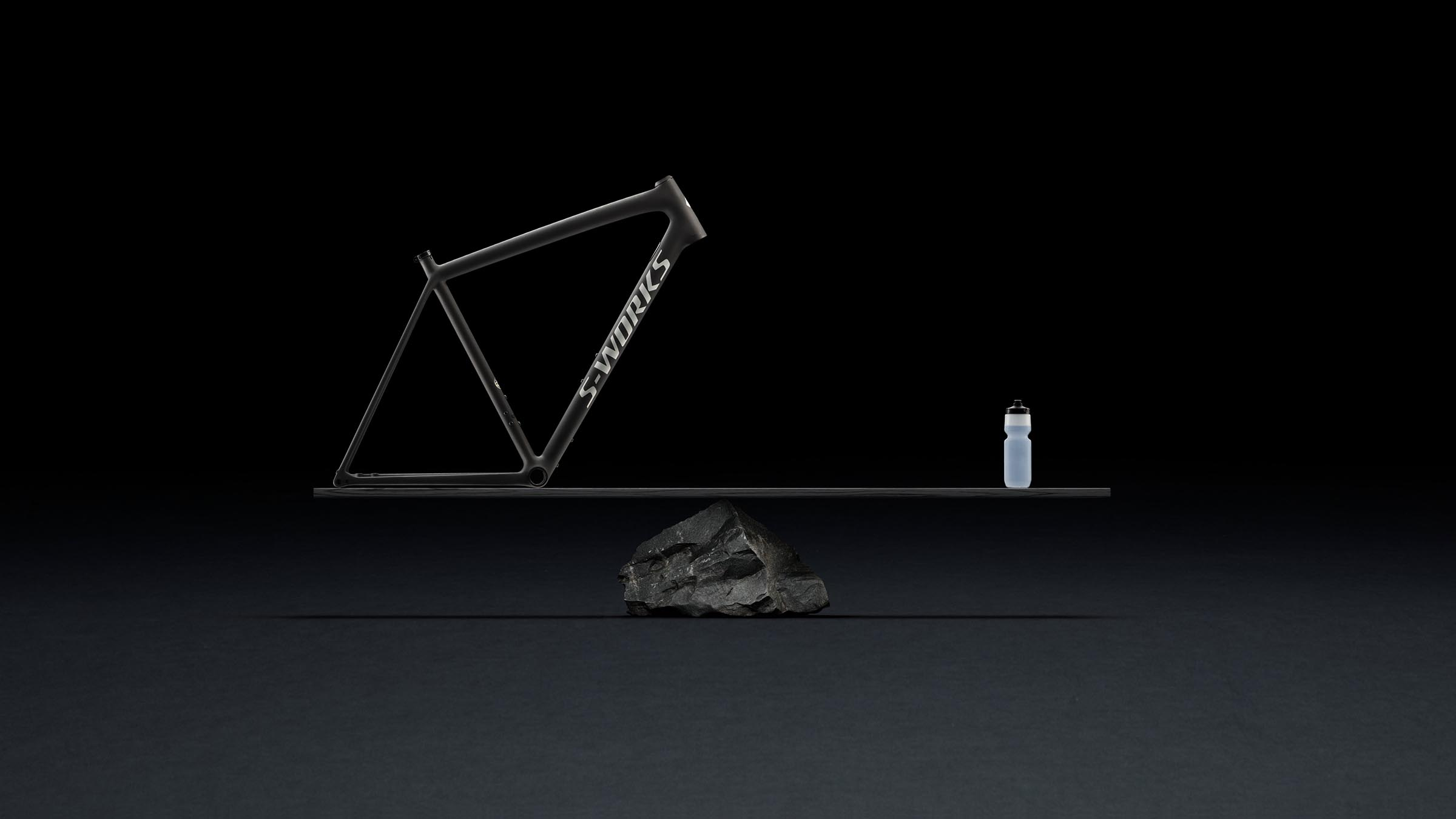 a frame that weighs less than a full bottle in your cage