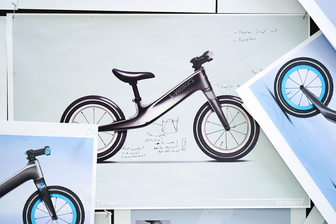 Specialized Hotwalk Carbon Sketch