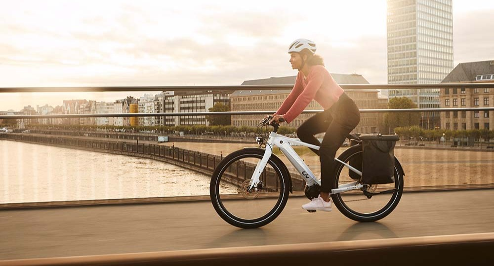 Commuter on a hybrid ebike