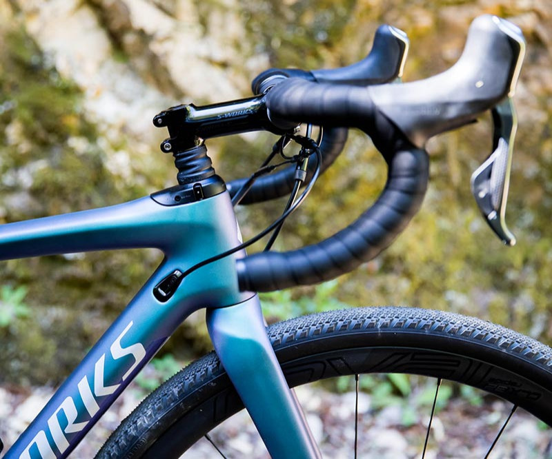 Specialized S-Works Diverge blue bike with handlebars