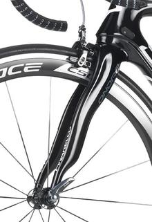 Pinarello's forks offer exceptional handling and smoothness!