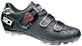 Dominate the dirt with Sidi's Dominator 5 Loricas!