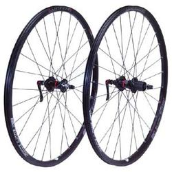 Bontrager Race Lite Disc Tubeless Wheelset (Center-Lock)