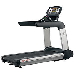 Life Fitness Platinum Club Series Treadmill (Achieve LED Console)