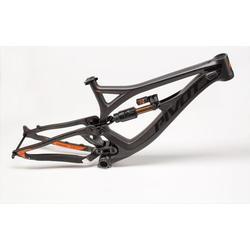 Pivot Cycles Phoenix DH Carbon Frame