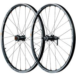 Shimano XTR Trail Tubeless Wheelset (15mm through-axle front, QR rear)