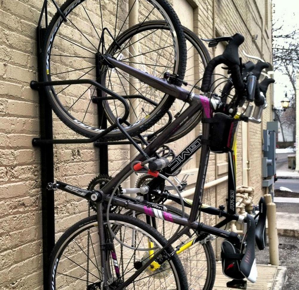 Saris Locking Bike Trac Www Georgegarnercyclery Com