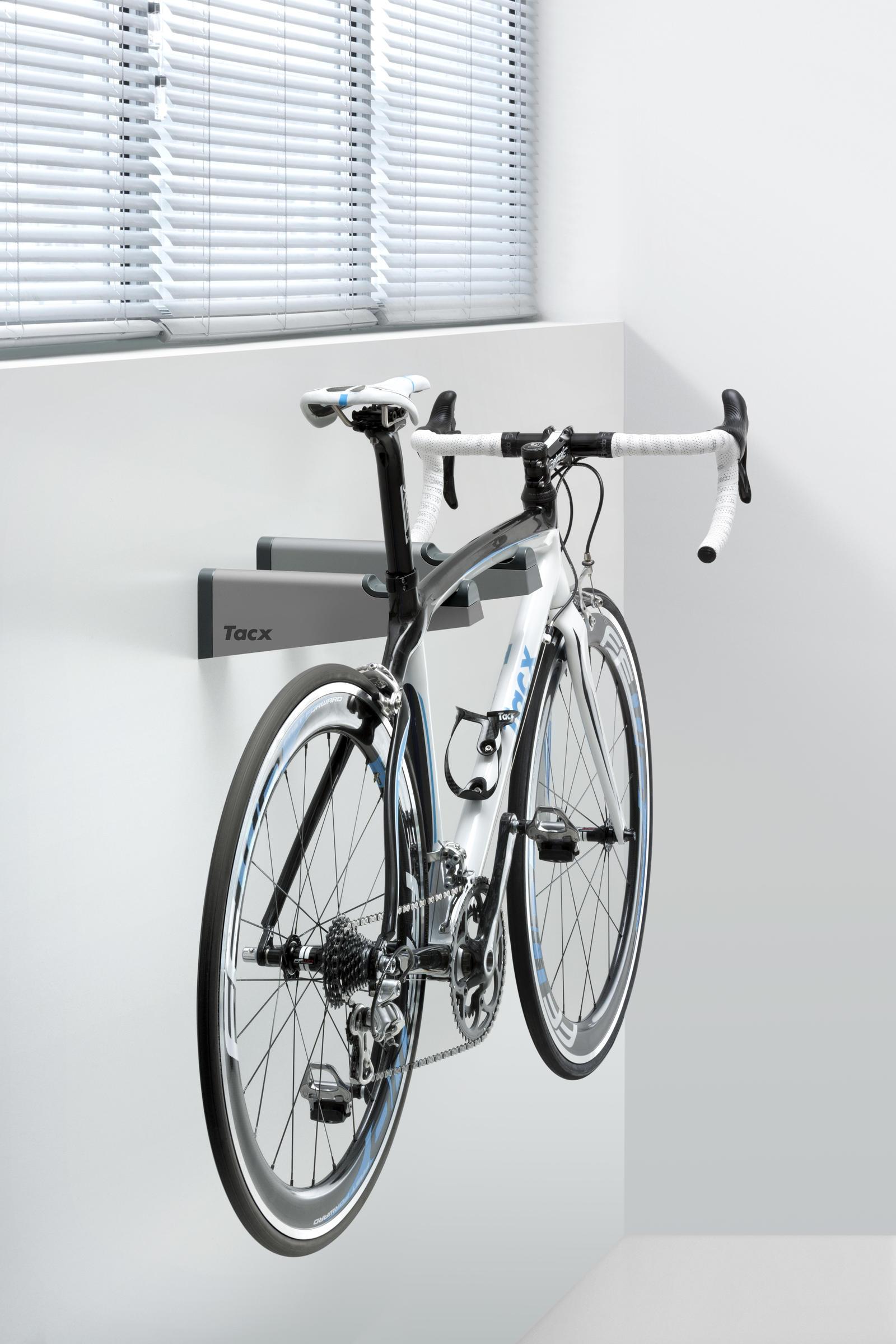 Tacx Gem Bikebracket Wall Mount Bike Display Rack