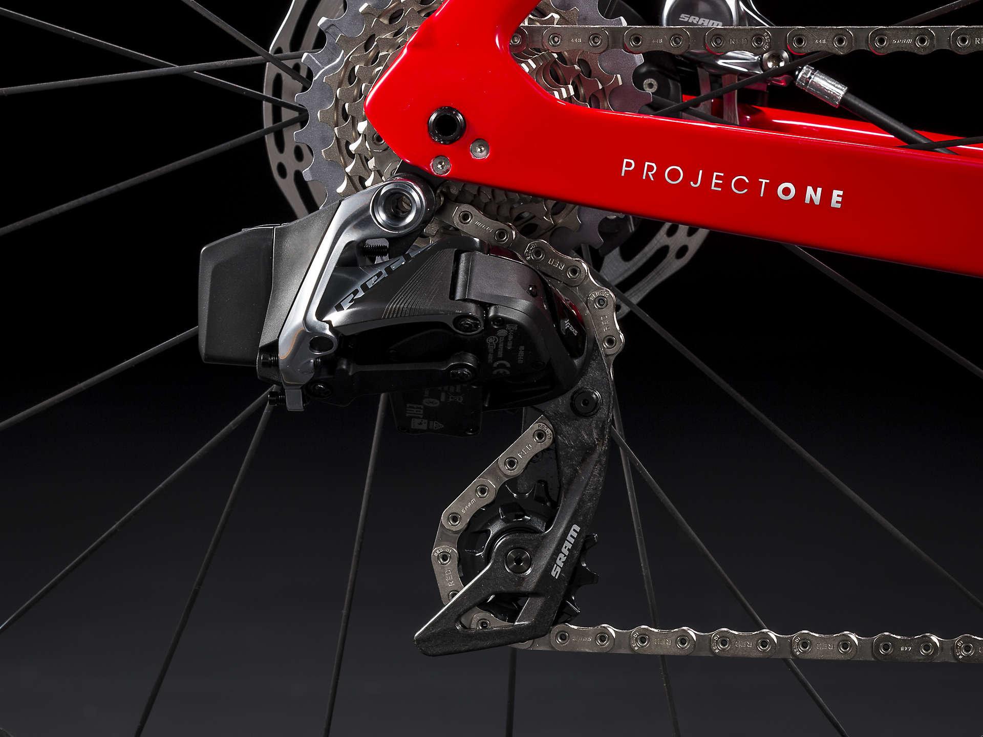 Trek Madone SLR 9 Disc eTap - Trek Bikes of Highland Park
