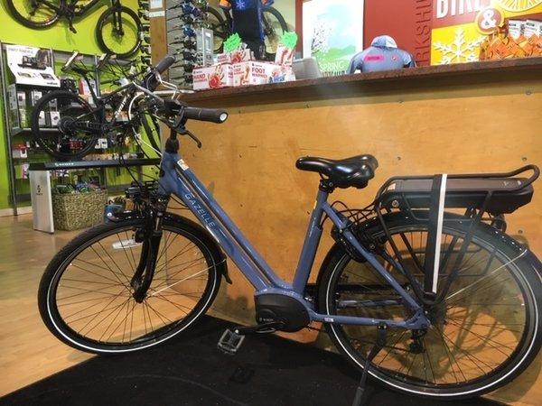 Gazelle Bikes Medeo T9 HMB RENTAL BIKE