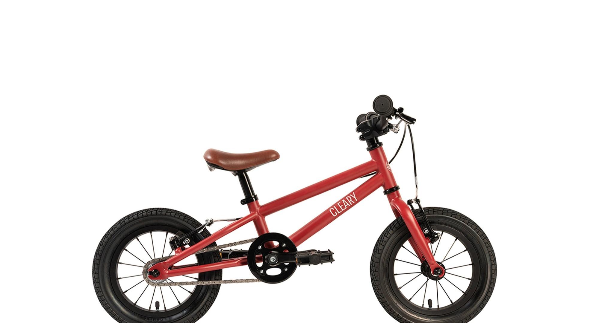 side view of a Gecko model Cleary bike, a 12 inch kids bike