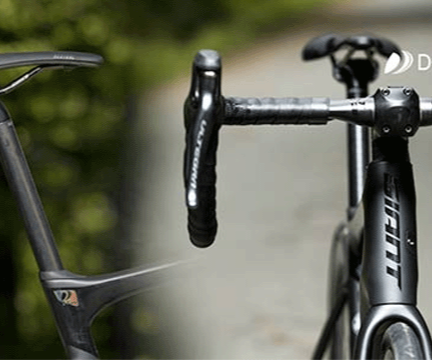 Giant Defy Advanced Handlebars and seatpost