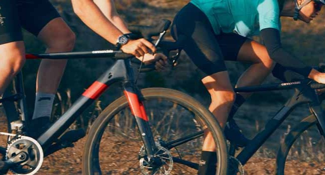 2 Bike Riders riding Cannondale Topstone Carbon bikes