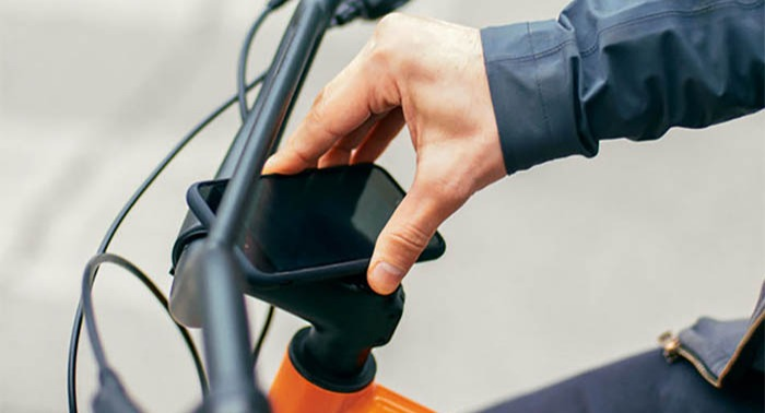 Cannondale Treadwell bike stem that holds your phone