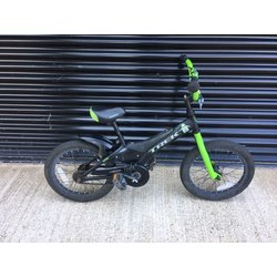 Trek JET : GREEN/BLACK
