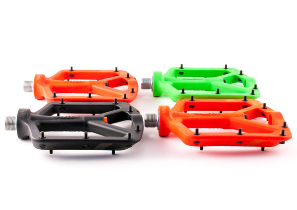 Kona Wah Wah 2 MTB Platform Composite Pedals Red