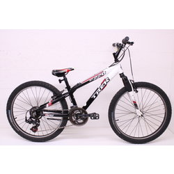 Trek Used Kids Youth Trek MT 220 Mountain Bike Bicycle 21 Spd