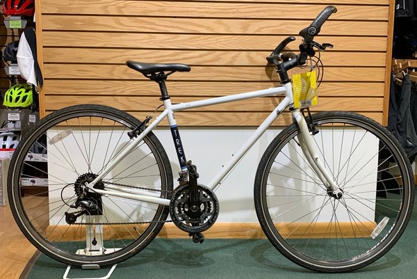 Used Trek 520 Flat Bar Touring Bike 51cm