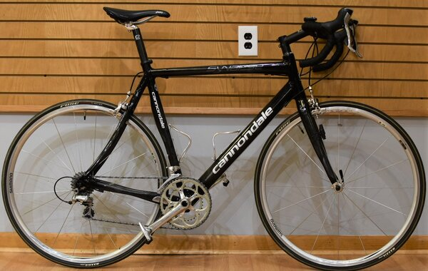 Consignment - Cannondale Synapse Carbon Road Bike 58cm