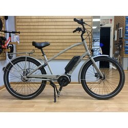 Consignment Electra Townie Go! 8i Step-Over