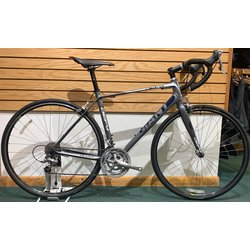 Used Giant Defy Road Bike Medium