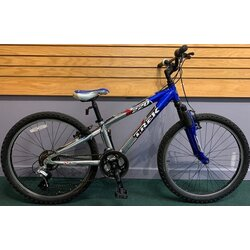 Used Trek MT220 24