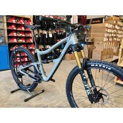 Ibis Ripmo 2 RTG Large Grey XT Kit Carbon Logo Wheels