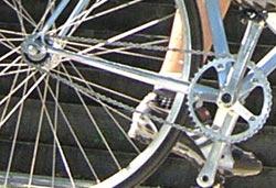 Example of a fixed gear drivetrain