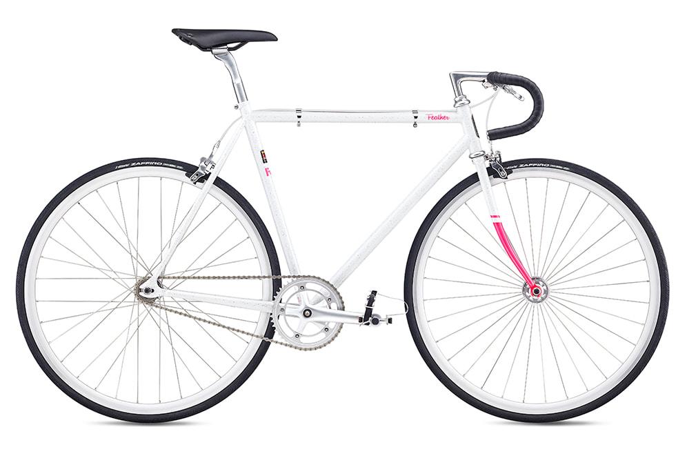 """""""Fuji feather road bike"""""""