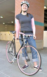 Fixed gear riders have style!