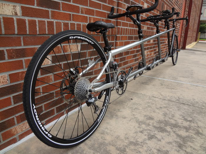 Custom Co-Motion Quad with Di2 53-34t at House of Tandem
