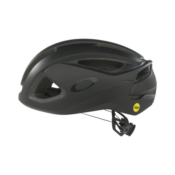 Oakley ARO3 Helmet Color: Blackout