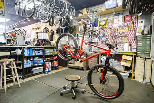 Service area at Family Bike Shop