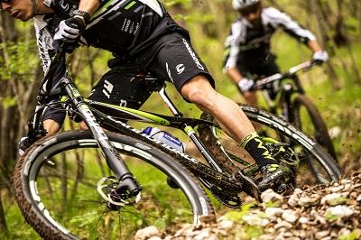 Full suspension maximizes mountain biking fun!