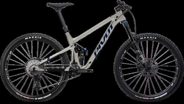 Pivot Cycles Switchblade 29 Race XT V4