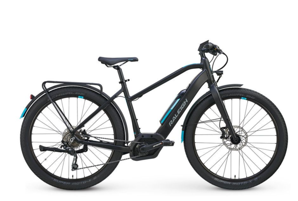 """Raleigh Electric Raleigh Electric Redux iE Step Thru True Black MD FITS 5'6"""" - 5'9"""""""