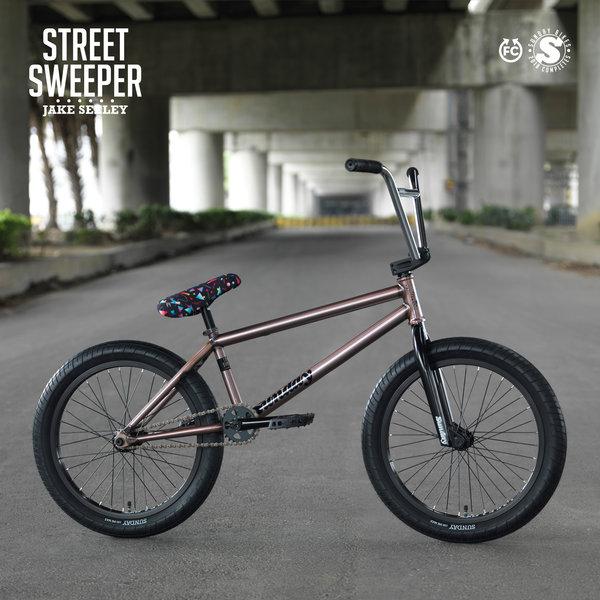 Sunday STREET SWEEPER JAKE SEELEY