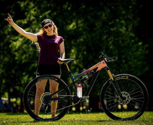 shop closeout bike deals