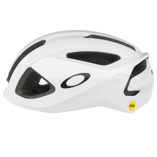 Oakley ARO 3 Color: Gloss White