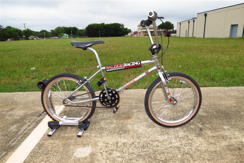 Dj S Vintage Bmx Museum Bike Shop Bicycle Store Repair