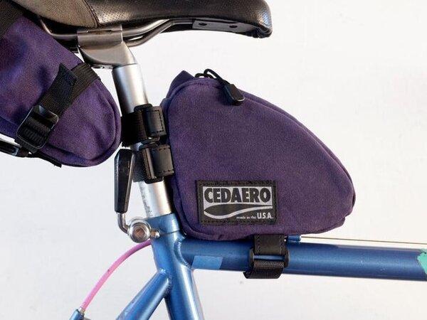 Cedaero Wedgie Pack