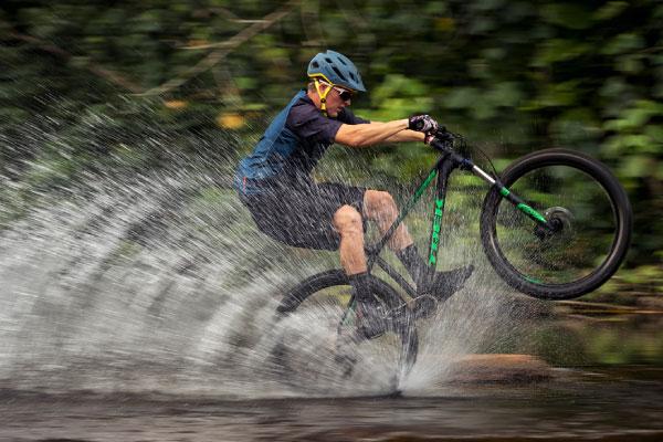 Advanced mountain biker
