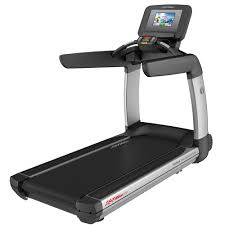 Life Fitness Platinum Club Series Discover Treadmill