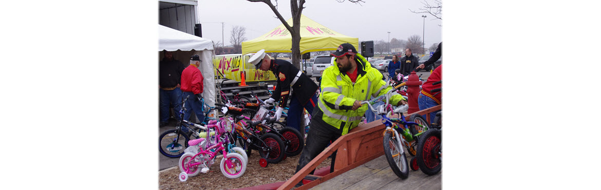 Marine Toys for Tots, Semi of Love