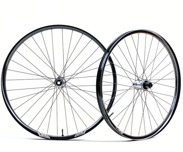 We Are One Composites Revolution Wheelset - Revive 29 w/Chris King Hubs -