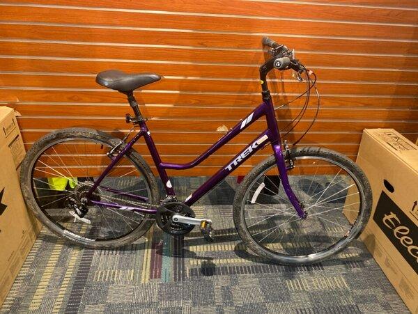 Trek USED Trek Verve 2 Women's Hybrid 21-inch Purple