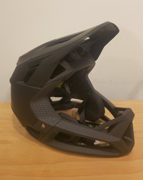 Fox Racing DEAL 2020 Fox Racing Proframe Full-Face Helmet Matte Black Medium