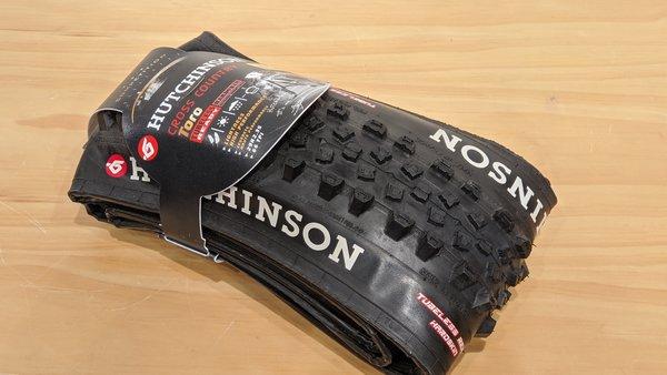 Hutchinson DEAL - Hutchinson Toro UST Tire Black 29 x 2.35