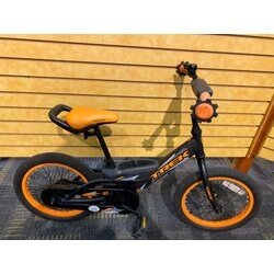 Trek USED Trek Jet 16-inch Youth Black/Orange