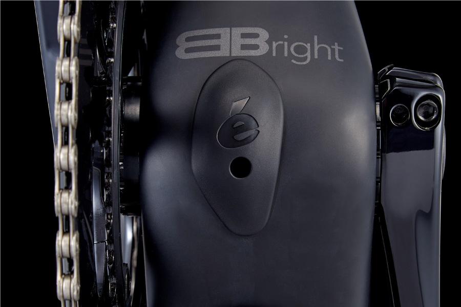 Cervelo BBright extra stiff bottom bracket for maximum power transfer